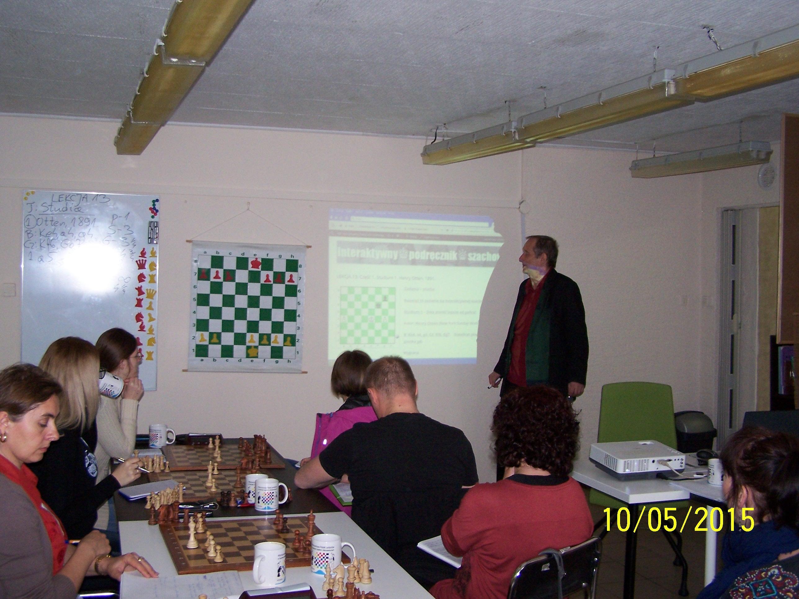 Prowadzę zajęcia w ramach kursu dla nauczycieli - zdjęcie wykonał Dieter Kalla.
