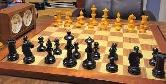 zegar i szachy