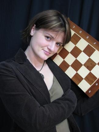 Arcymistrzyni Monika Krupa (dawniej Aksiuczyc) - wychowanka sekcji szachowej MKS MDK Śródmieście Wrocław.