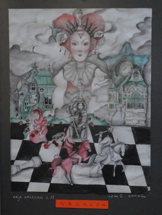 """2 Ogólnopolska Wystawa Pokonkursowa """"Królewska gra w szachy"""" 2021. Maja Walecka - nagroda. Zdjęcie - Ewa Felsztyńska-Korpalska."""